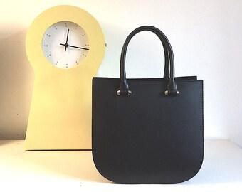 la nuit, leather bag - Designed in Paris