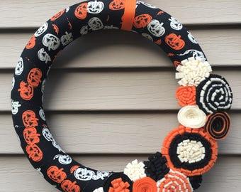 Halloween Wreath - Pumpkin Wreath - Glow in the Dark Wreath - Felt Wreath - Fall Wreath - Fabric Wreath - Felt Flower Wreath -Halloween Door