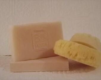 Homemade Large 6-7oz Bar of Natural Handmade Soap in OATMEAL MILK & HONEY