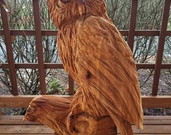 wise owl - chainsaw carving