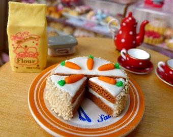 Miniature Carrot Cake 1:6 scale Dolls Food Dollhouse with 2 slices handmade by Nadia Michaux
