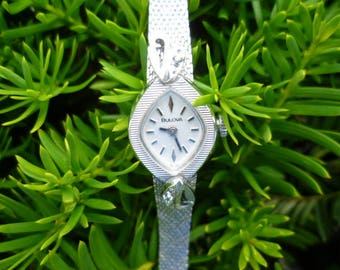vintage ladies bulova watch, diamond watch, silver tone watch, wind up watch