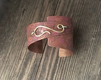 Rustic copper cuff, riveted colored layers, golden hook bracelet