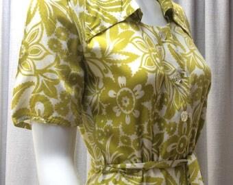 Gorgeous 1940's Rayon Viscose ' Boxfresh '  Chartreuse and Ivory print dress.