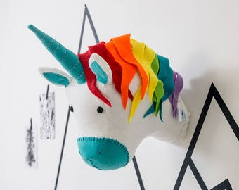 Unicorn mount, unicorn baby shower, rainbow Felt Unicorn Trophy Head For Children's Bedroom, nursery decor, animal head wall, baby shower