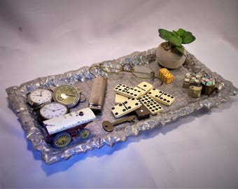 Beautiful Bruce Fox Design Ivy Edge Tray With Large Collection Of Art Objects