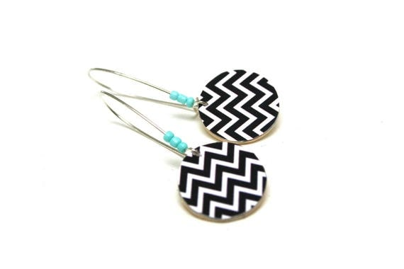 Sleepers wooden Scandinavian Chevron black and white, minimalist, natural wood, large hooks, light turquoise beads