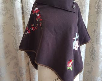 Poncho Brown wool and embroidery