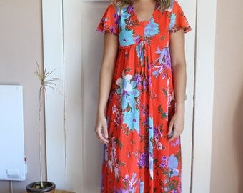 Tropical floral print maxi dress
