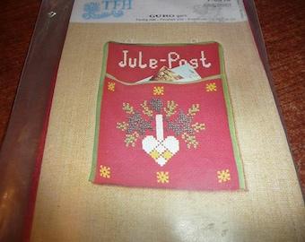 TFH Guro Jule-Post Needlework Card Holder Kit