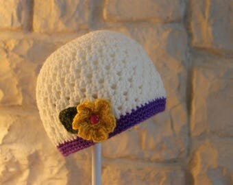 Toddler hat with flowers