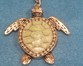 Turtle bling necklace