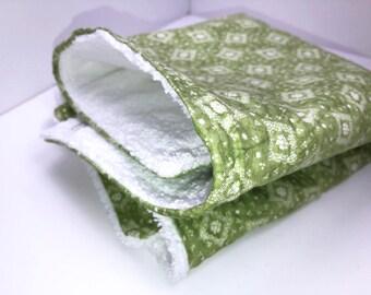 Dish Mat, Green Bandana Dish Drying Mat, Kitchen Dish Mat, Dish Towel Drying Mat, Tea Towel, Retro Print, Camper Dishes Drain Mat
