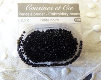 Beads embroidery cousins and companies 6803 little black collar