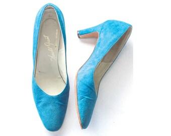 1960s blue suede pumps SIZE 7 1/2