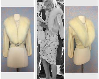SUBLIME 100% Cashmere Sweater cream / off white / Cardigan Huge Fox Fur Collar Art Deco rhinestones closure 30s 40s 50s