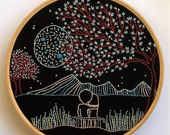 Embroidery kit - Embroidery pattern - embroidery hoop art - loving moonlight- embroidery kit beginner