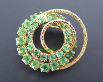 Vintage Green Rhinestone Circular Brooch Gold Tone Multi-Layered Round Pin