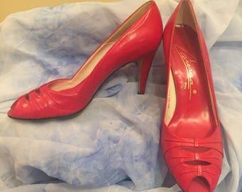 Red Peep toe vintage heels size 9.