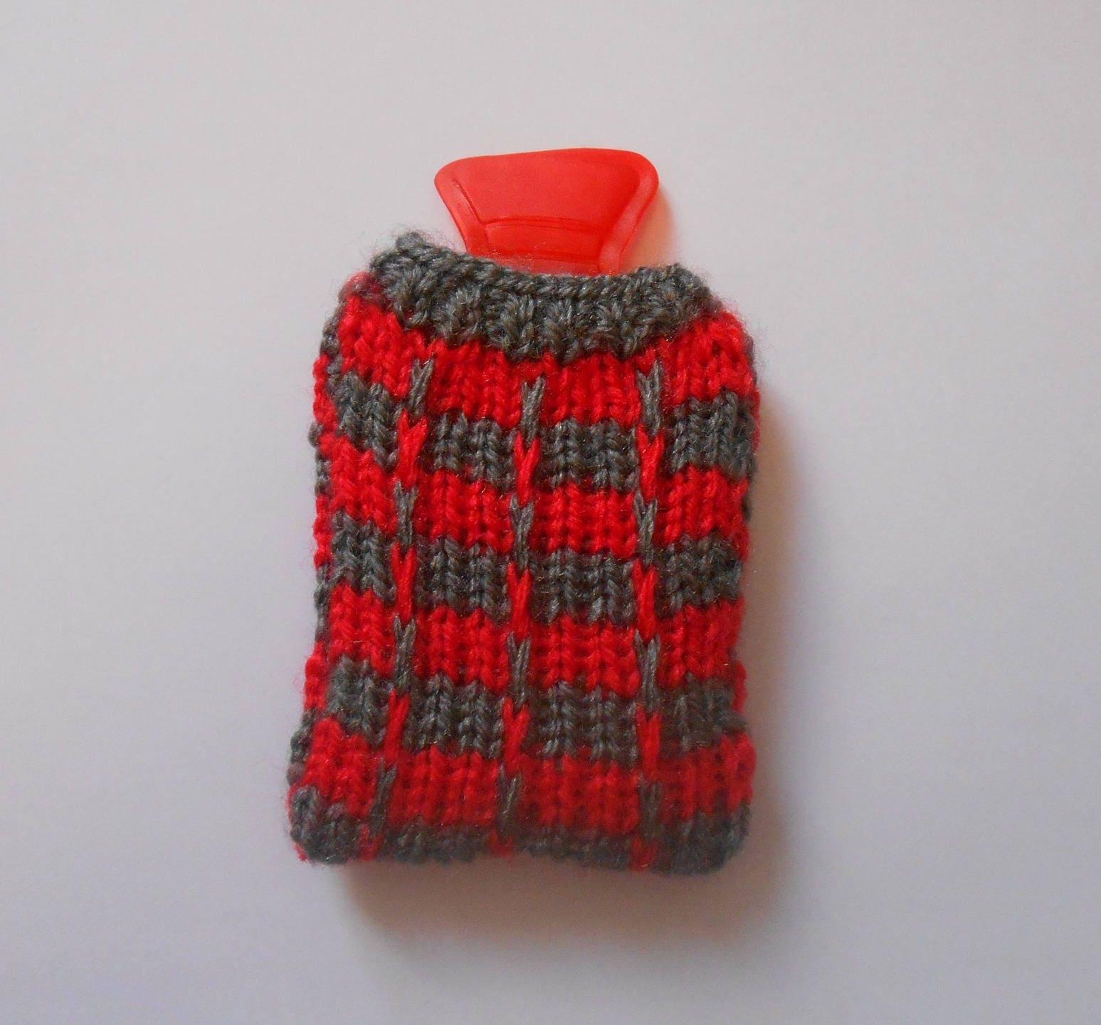 Bouillotte chaufferette de poche recouverte d 39 une housse for Housse bouillotte tricot