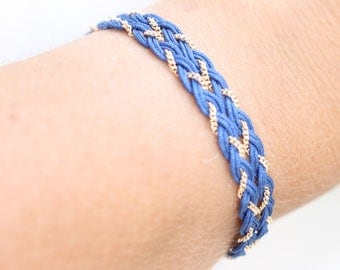 Gold plated bracelet Fez and true blue cotton thread