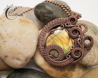 Oxidized Copper Wire Woven & Golden Full Flash Labradorite Pendant