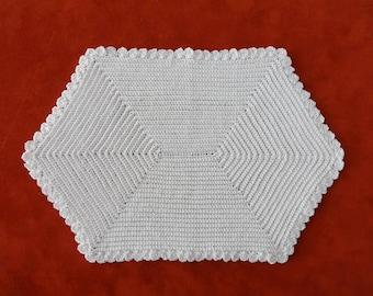 "Antique 1920's White 6"" x 10"" Crocheted Reversible Hot Pad Trivet"