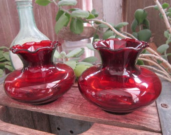 Ruby Red Small Short Vase Vintage 1950's Anchor Hocking Glass Delicate Squat Ruffle Vases Home Decor Centerpiece Collectible