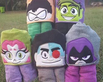 Teen Titans Go/ Teen Titans/ Robin/Cyborg/Raven/Beast Boy/ Starfire FREE Embroidered Name