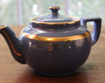 Vintage HALL Teapot Blue Gold Decoration 6 Cup Made in USA