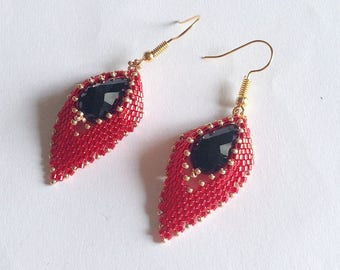Red and black Leaves earrings with seed beads