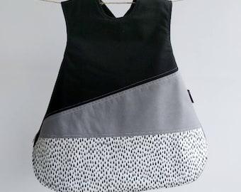 The Vinklar Bib Apron , Rain, black, grey, white , baby shower gift, baby bib, bib, apron, skagfa