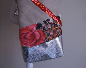 Lovely bag handmade of linen and waxed canvas