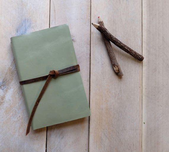 Classic Artist's Leather Watercolor Sketchbook - Celery Green