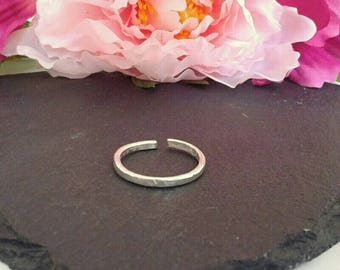 Silver ring - Silver stacking ring - Hammered ring - Sterling silver ring - Minimalist ring - Silver wire ring - Skinny ring - Gift for her