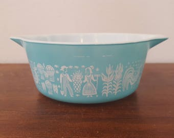 Pyrex Amish Butterprint Casserole - 475-B