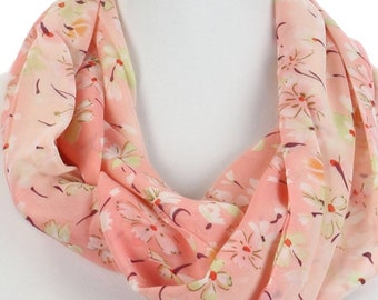 Floral Print Infinity Scarf Pink