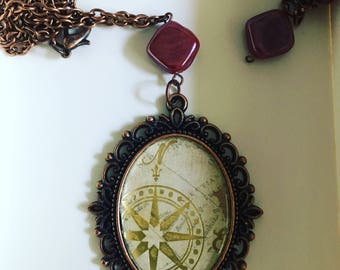 Paper necklace, vintage style
