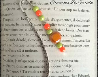 Bookmark in silver with orange and green beads
