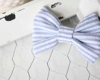 Blue bow / bow clip / girls clip /blue bow / hair clip / baby bow / baby headband / nautical bow / cotton bow / alligator clip / striped bow