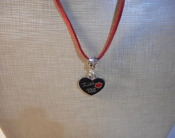 """Pendant Necklace Black Heart KISS ME Red Leather String 18"""""""