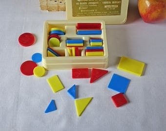 Logical blocks - Children School Learning Mathematics - Squares, Rectangles, Triangles, Cercles