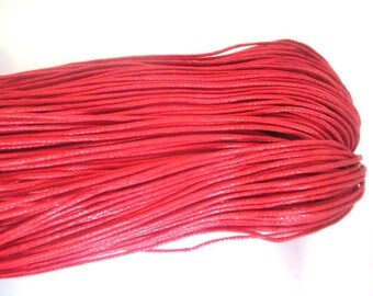 10 meters of thread waxed cotton red 0.7 mm
