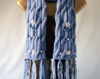 Embellished Cable Scarf E095
