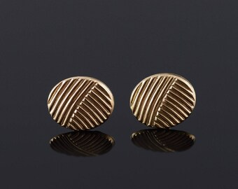 Round Grooved Ridged Stud Earrings Gold