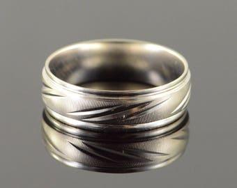 10k 6mm Wavy Engraved Wedding Band Ring Gold