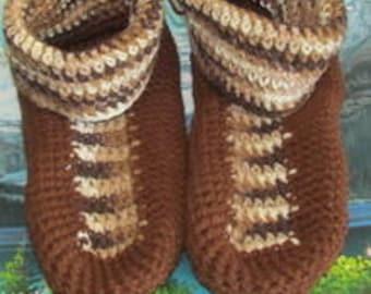 Hand crochet men slippers shoe size 6.5 csa007