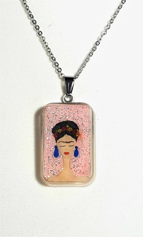 Frida Light pink pendant