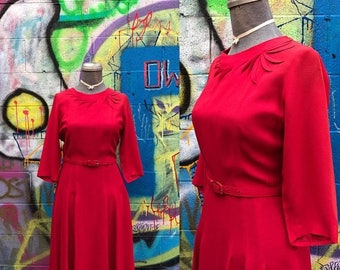 20% OFF W29 / 1940s 3D Applique Red Rayon Dress