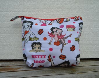 printed pouch betty boop